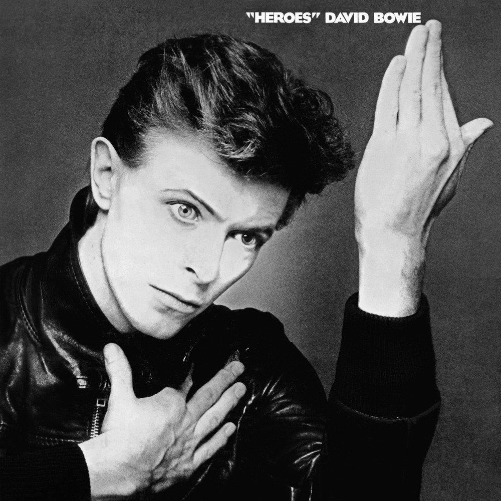 """14 de octubre: David Bowie lanza el álbum """"Hereos"""""""