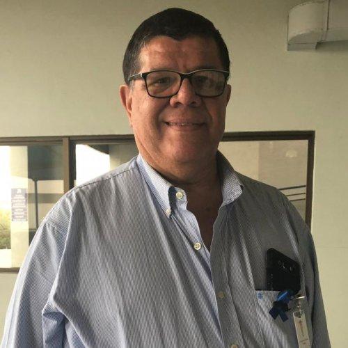 """1 de cada 6 hombres tiene alta incidencia de cáncer de próstata"" Dr. César Cabañas, Urólogo."