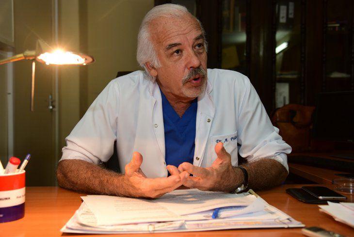 """""""El presidente es un improvisado y Mazzoleni un inútil"""" Dr. Aníbal Filártiga"""