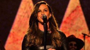 Alanis Morissette lanzó un nuevo sencillo llamado 'Reckoning'