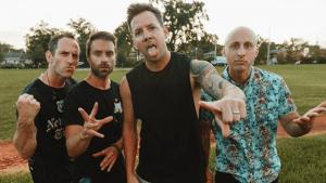 Simple Plan expulsó al bajista David Desrosiers de la banda